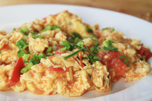 Chichi's Chinese: Stir-Fried Tomato with Eggs | Serious Eats