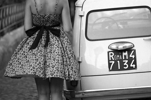 Black-and-white-car-dress-girl-roma-favim.com-453660_large