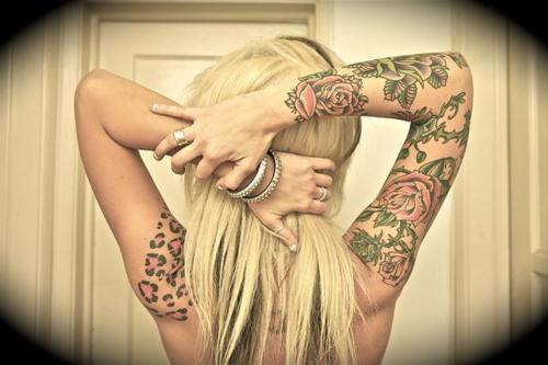 Alternative-blonde-silver-tattoo-favim.com-453959_large