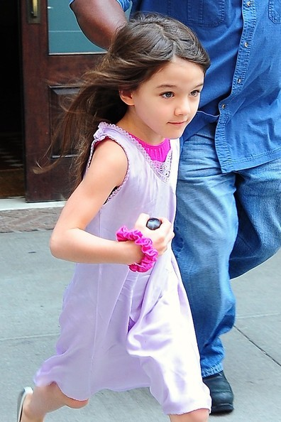 Suri_cruise_suri_cruise_leaves_hotel_nyc_xcrkrt4yzbzl_large