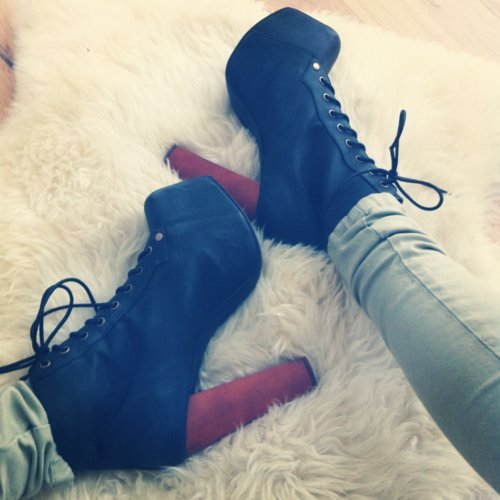 Cute-fashion-heels-shoes-vintage-favim.com-454820_large