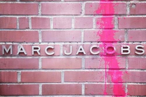 Kidult-vandalizes-marc-jacobs-nyc-1_large