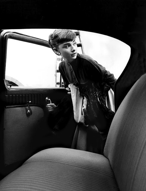 Audrey-hepburn-8_large