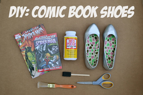 Comic_book_shoes_text_large