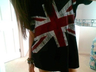 England-girl-london-t-shirt-favim.com-455015_large