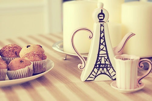 Cute-i-was-born-a-champion-muffins-paris-white-favim.com-456054_large