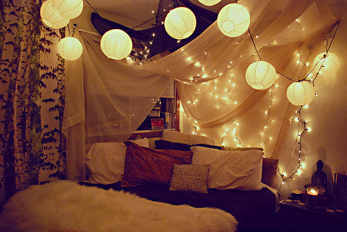 Bedroom-lights-pillows-favim.com-456207_large