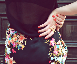 outfit detail