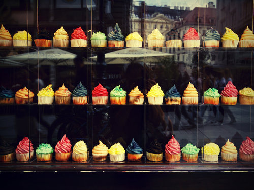 Colorful-cupcake-photo-sweet-favim.com-456988_large