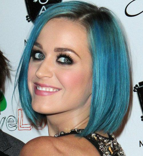 Katy-perry-cabelo-azul_mat_large