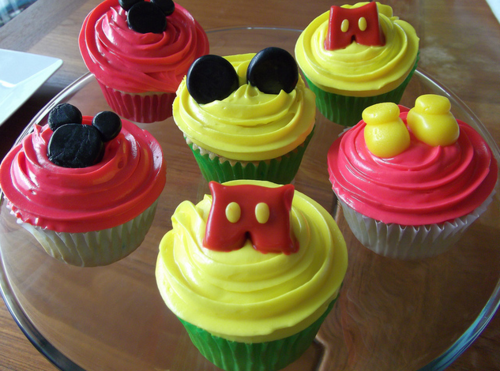 Mickey-mouse-parts-cupcakes_large