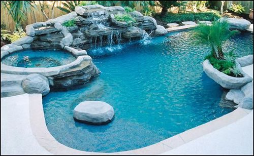 Bright-ideas-for-design-with-small-inground-swimming-pool-01_large