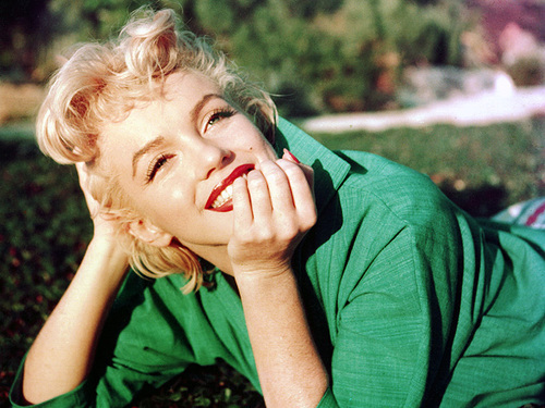 beautiful, cute, fashion, girl, marylin monroe - inspiring picture on Favim.com
