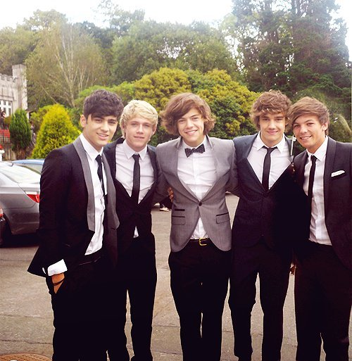 British-boy-band-cute-boys-good-music-harry-styles-liam-payne-favim.com-458383_large