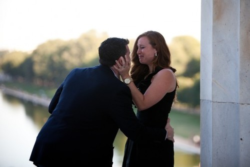 Lincoln-memorial-washington-dc-engagement-proposal3-550x366_large