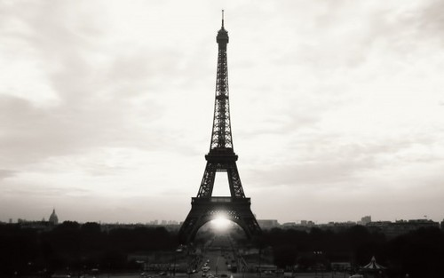 Eiffel-tower-paris-france-600x375_large