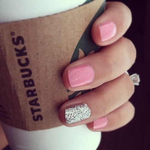 Wedding Ideas / Nails for the Wedding Day. Ring Finger Silver Sparkles.