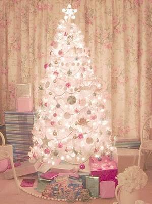Christmas_shabby_vintage_white_christmas_tree_tree-970f0534f57acf12b215b816506094bc_h_large