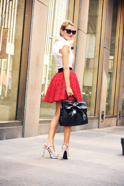 White-silvian-heach-shirt-black-oasap-bag-red-chicwish-skirt_400_large