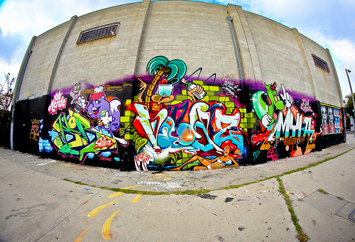 Wow-boy-girl-graffiti-skate-favim.com-470493_large