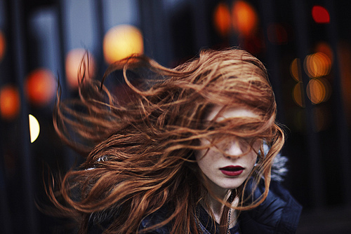Girl_with_long_ginger_hair_large