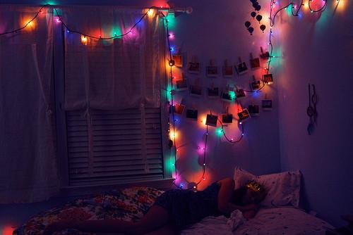 Dont_wake_me_up_lamps_polaroids-a03dc0f83cfc51e978a77614322e001b_h_large