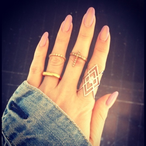 Long Oval Pointed Nails Images & Pictures - Becuo