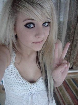 Blonde-emo-girl-hair-3_large