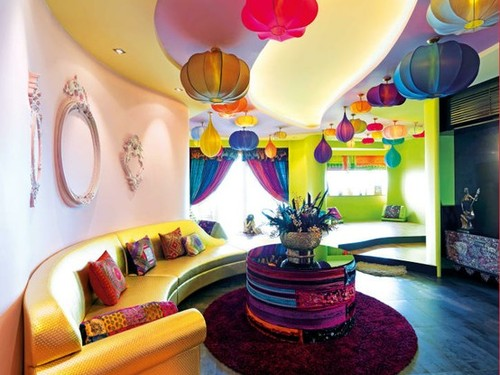 Bright-and-happy-living-room_large