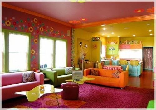 Glamour-beach-living-room-in-vibrant-colors-554x390_large