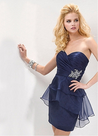 da0c38e1 0957 4ef0 9342 9256e19e4407.330 460 large Buy discount Elegantt Satin & Organza A line Strapless Neckline Homecoming Dress at dressilyme.com