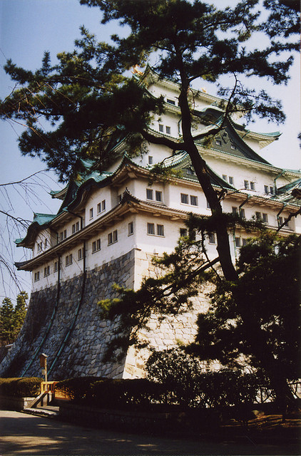 9396474_13972_11908671_03-nagoya_castle__flickr_-_photo_sharing_large