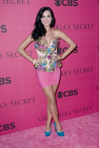 Katy-perry-victorias-secret-fashion-show-pink-carpet-photos_large