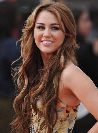 Miley-cyrus-hairstyle_92254_large