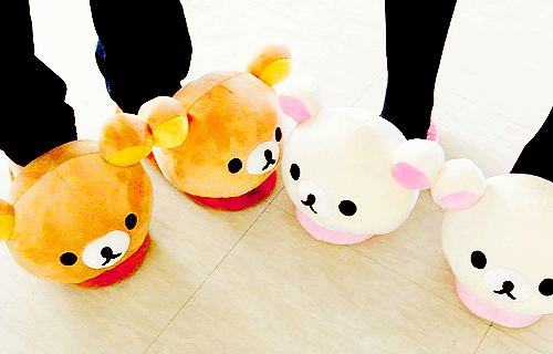 Cute_20rilakkuma_20slipper f52300_large-