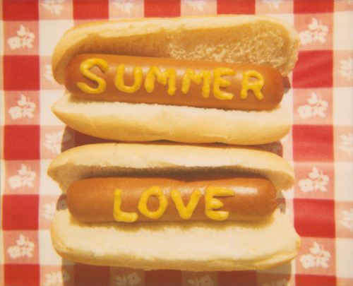 Summer_love_hotdogs_large