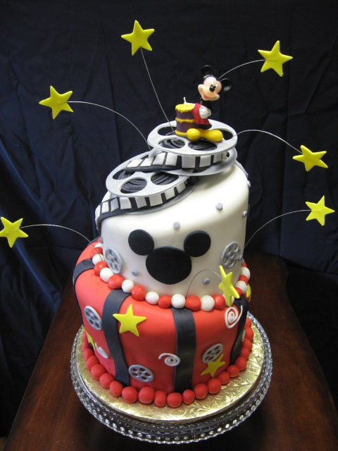Mickey-mouse-film-cake_large