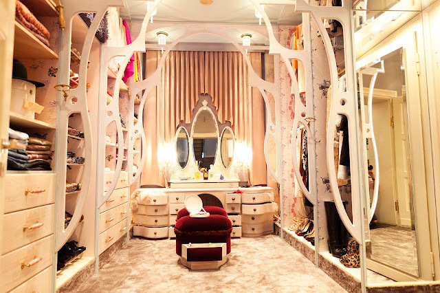 frugal closet fashion qro roselawnlutheran. Black Bedroom Furniture Sets. Home Design Ideas