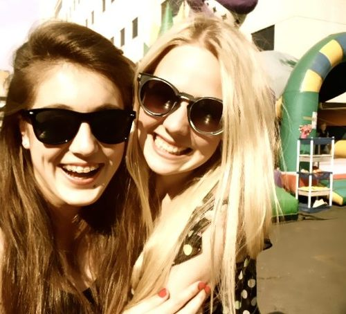 Preference- Danielle/Eleanor/Perrie tweets a photo with you.