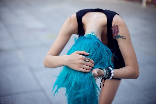 Blue_hair_girl__s_story_3_by_onesummerago-d5cxior_large