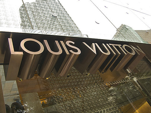 Louis-vuitton_large