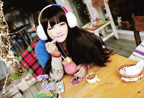 Menina-asiática-cute-earmuffs-kawaii-favim.com-324384_large