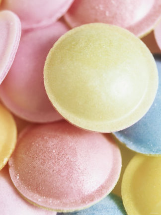 Pastel-coloured-flying-saucers-photographic-print-19283462_large