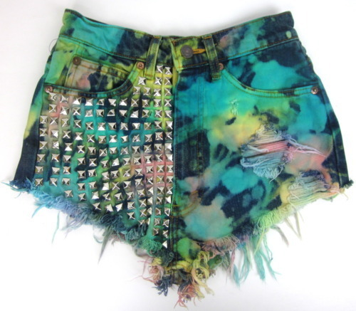 Buttons-colourful-cool-fashion-high-waisted-favim.com-225302_large