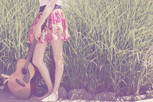 Guitar-legs-music-nature-girl-favim.com-541889_large