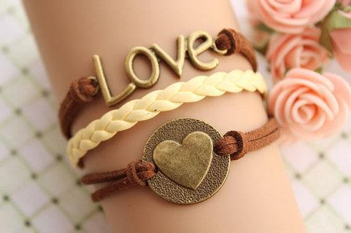 Love_bracelet-4665_large