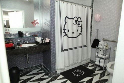 Hello-kitty-bathroom_thumb_large