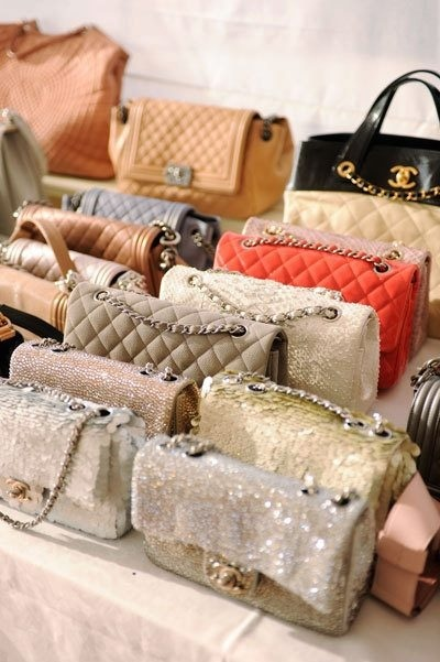 Chanel_clutches-5075_large