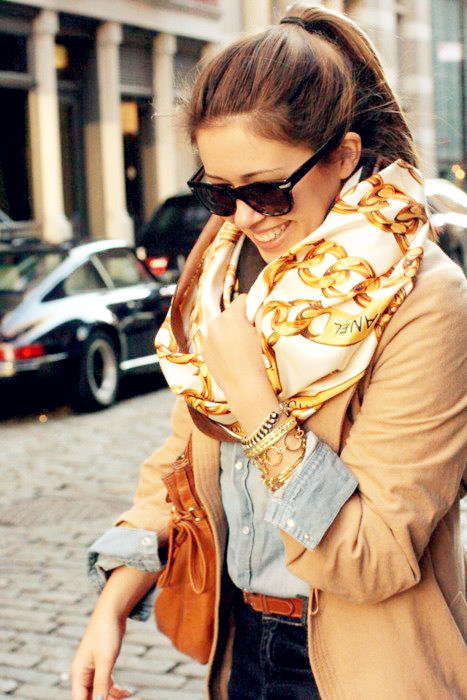 Classic_20chanel_20scarf-f59186_large