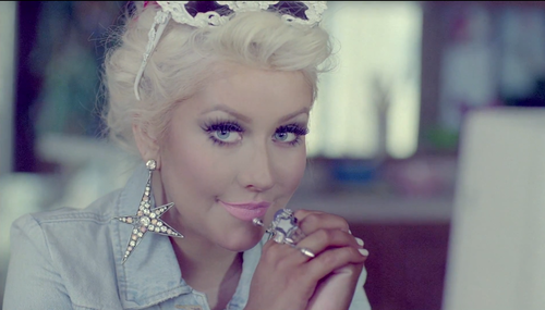 Christina_aguilera_your_body_video_large
